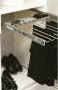 Выдвижной держатель для брюк Pelly в шкаф 600 мм мягкое закрыван