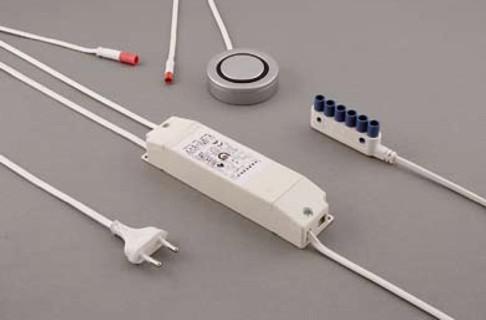 Характеристика: устройство понижения напряжения для галогенных светильников с выключателем.